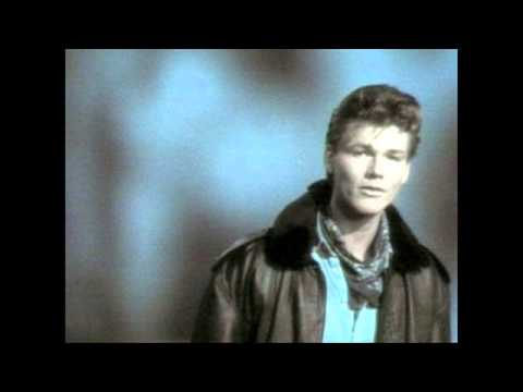 A-ha: Hurry home