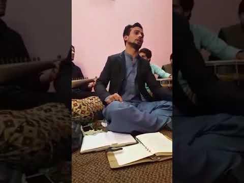 Adilyarkhan Khaista tapy Malgro ta dally