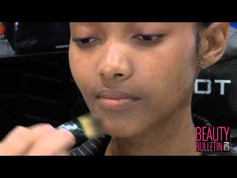 Inglot Cosmetics - Tutorial: APPLYING FOUNDATION