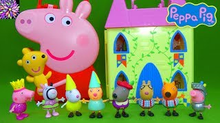 Princess Peppa Pig Toys Peppa's Royal Court Figurines Castle Playset Carry Along Friends Case Toys