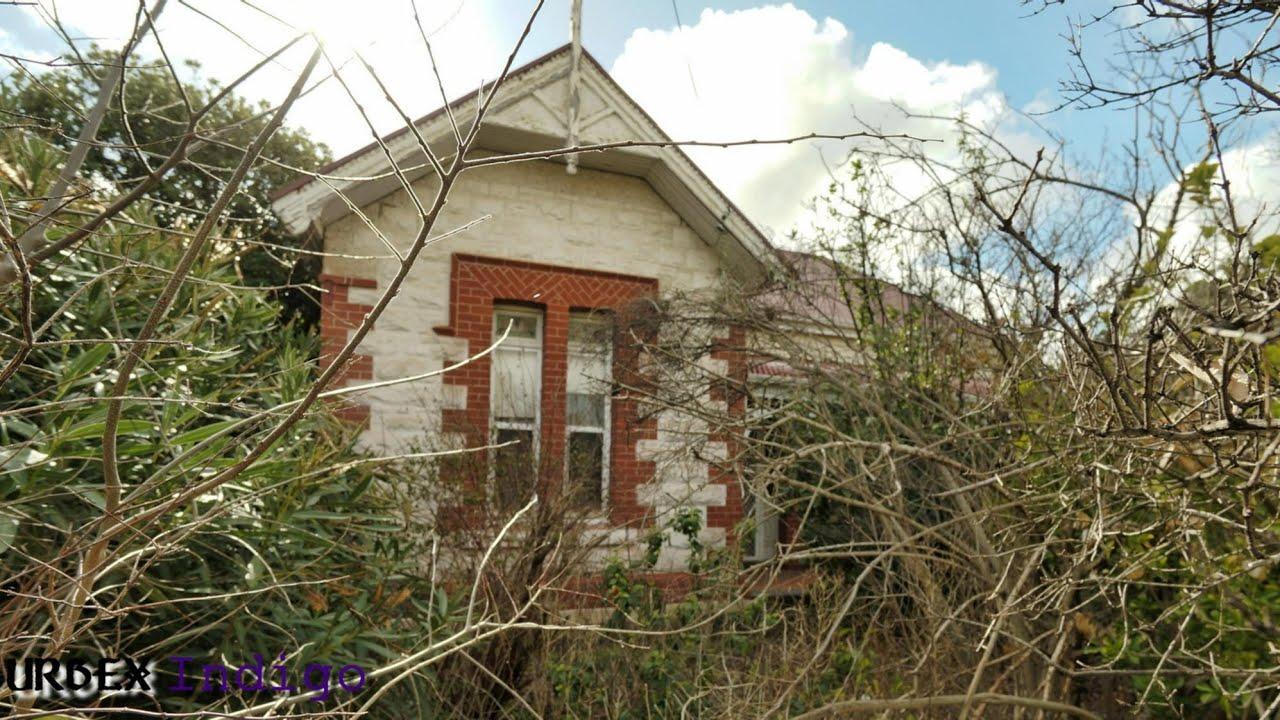 Abandoned- Hidden Gem! Classic 1910 villa kept in same family 93 years/Nursery business