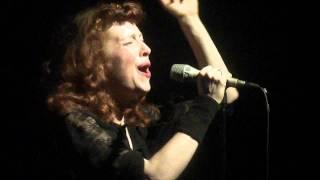 """Melissa Auf der Maur- """"Father's Grave"""" live (HD)"""
