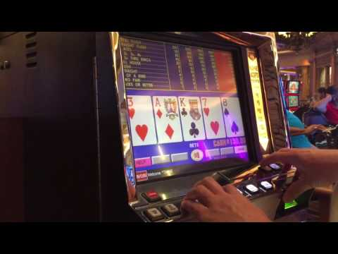 Video Poker Slot Machine MAX BET in Las Vegas - Let's try a $100