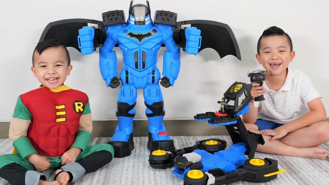 TRANSFORMING Batmobile and Batbot Epic Battle DC Super Friends CKN Toys