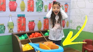 ANNY  Pretend Play Farmers Market /  A fun story for kids