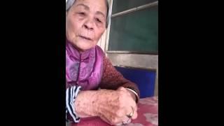Majikan menangis karna pengasuhnya hendak pulang ke indonesia