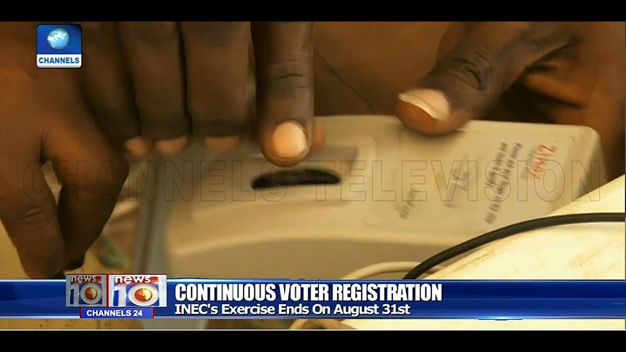Nigerians Rush To Register Ahead Of 2019 Elections Before Closure of Process