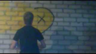 Мое первое граффити!(Bubble style graffiti)(Всем привет!это мое первое видео граффити на стене!не судите строго ))пишите комментарии!ставьте лайки!музы..., 2012-06-04T10:23:00.000Z)