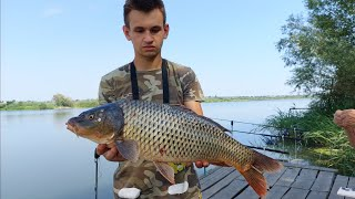 Рыбалка с ночёвкой на реке ДНЕСТР Поймали ТРОФЕЙ Сазан Карась