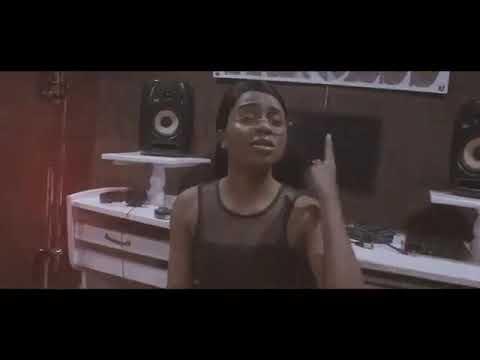 Nandy Mimi ni wa juu Cover song DJMwanga com
