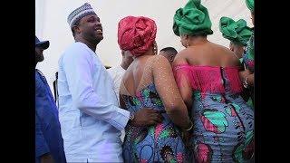 Femi AdebayoLola MargaretSeyi EdunRegina Chukwu Dance ampSpray Lanre Teriba As He Sing For Them