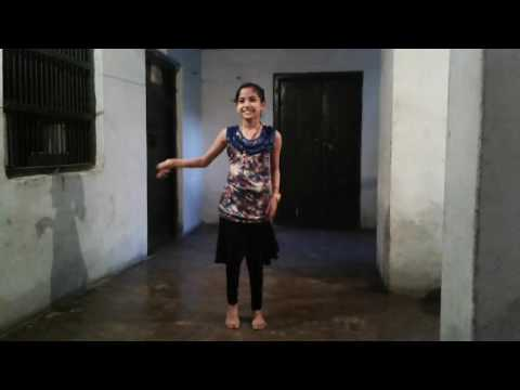 Jab Mehandi Lag Lag Jaave !! Bollywood Dance Little Girl !! Arjun Baghel  11124 !!