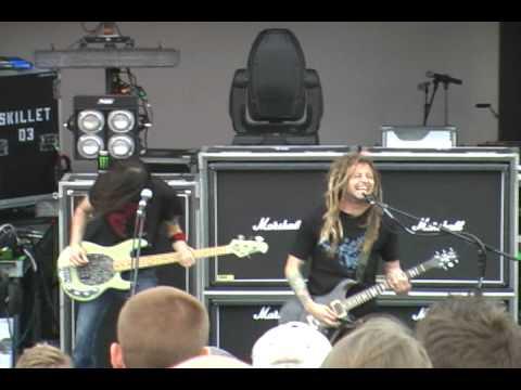 Decyfer Down - Fading - Live in KC