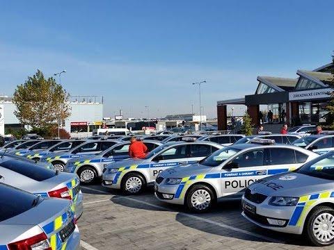 Policisté si od Škoda Auto převzali nové vozy