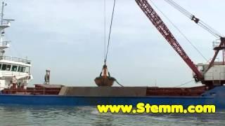 STEMM Electrohydraulic Clamshell Grab 1