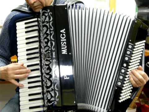Bella Ciao - test fisarmonica Pan Musica 120 bassi doppia voce in cassotto.