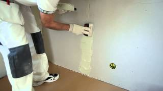 Spackling a plastered wall - step by step