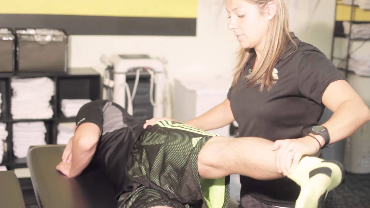 How To Fix IT Band Pain – Squat University