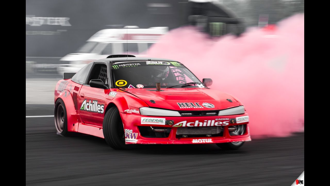 Drift Shorts Red Smoke Tires on a 600 horsepower Nissan S13