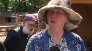 Reportage: Bewoners Enschede-Zuid vieren Feest van Verbinding (TV Enschede)