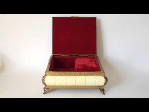 ANTIQUE MUSIC BOX WITH HANDPAINTED MINIATURE PORTRAIT