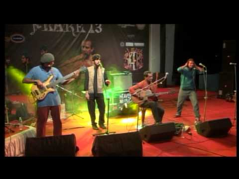 Sushmit Sen Chronicles performing at At-MOSH-Sphere, Flare'13 (3)