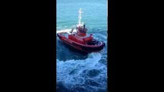 Crazy tugboat captain does 'wheelies'