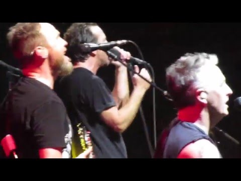 Pearl Jam - Surrender & Even Flow - LIVE Up Close Fort Lauderdale FL 8APR2016