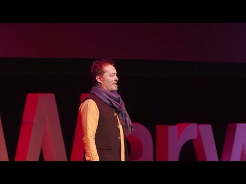 What the spirit of Bhopal teaches us about surviving despair | Tim Edwards | TEDxWarwick