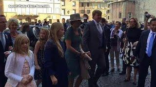 Koning bij doop prins Carlos in Parma