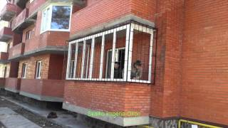 видео решетки на окнах первого этажа