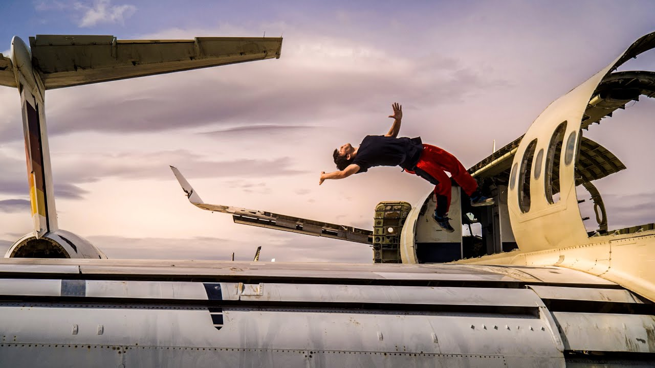 Exploring the Mojave Airplane Boneyard - A Parkour Paradise!