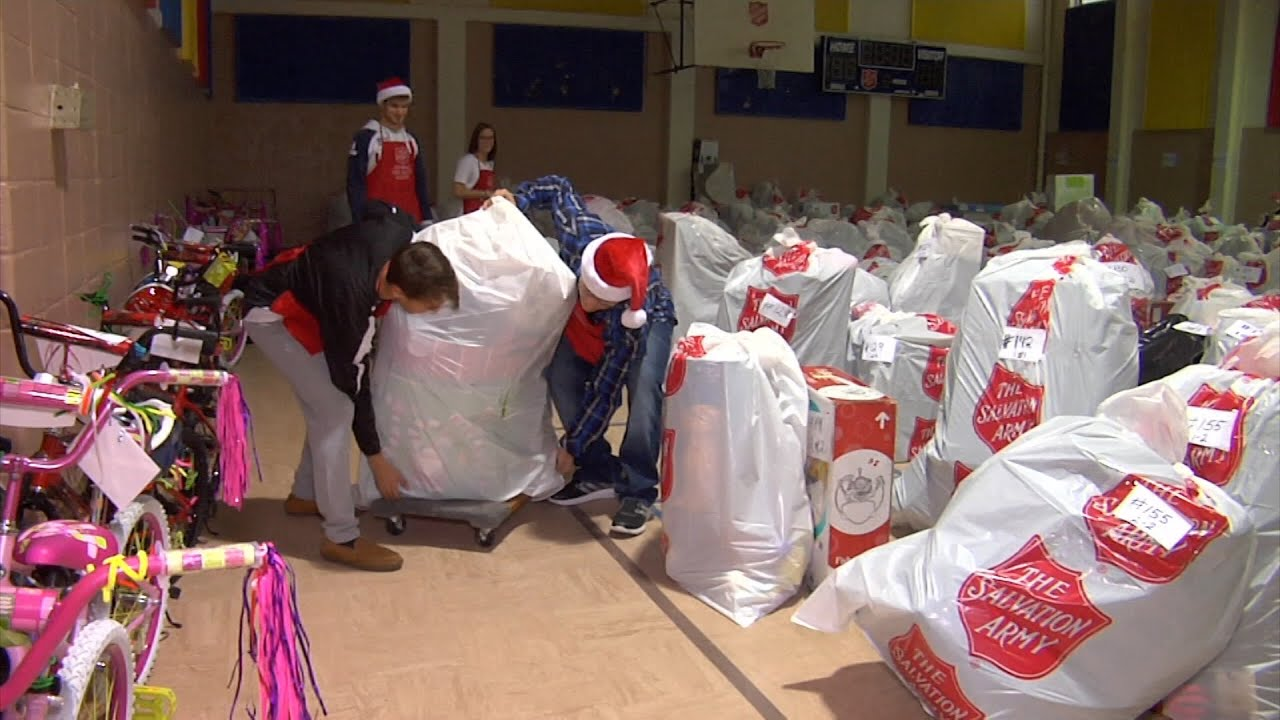 Salvation Army Helps Parents Put Presents Under the Tree - YouTube