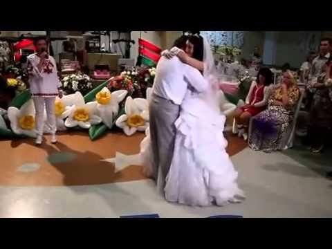 Свадебный танец отца и дочери под аккампанент тамады