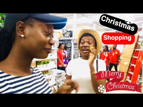 VLOGMAS DAY 5 & 6   Putting Up My Christmas Tree,Decorating The Living Room,Meeting April Nego