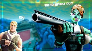 Clan applicants WEINT and RASTET in 1VS1 after this happened... (Fortnite German)