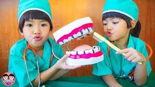 หนูยิ้มหนูแย้ม    เล่นเป็นคุณหมอฟัน Dentist Kids Role Play