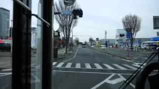 茨城空港連絡バス・かしてつバス 新木ノ内バス停 玉造行通過 2010年8月30日、日本で初めて公設民営方式の地方型BRT(バス高速輸送システム)、またバスレーン以外で「道路交通法」によるバス専用道路が開通...