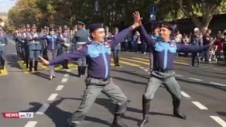 «Ոստիկանության հրեշտակները» պարում են Երեւանի կենտրոնում