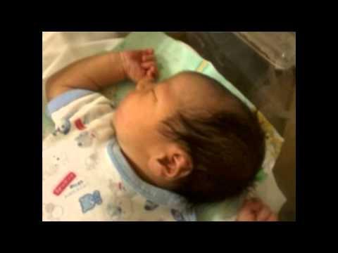 Plegaria para un niño dormido - Luis Alberto Spinetta (Fotos de Bautista Zamora Recien nacido)