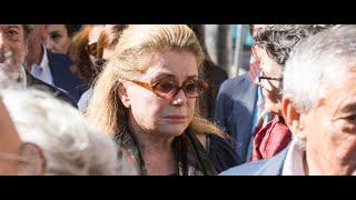 Catherine Deneuve, digne aux obsèques de sa belle-fille Barbara, fille de son ex...