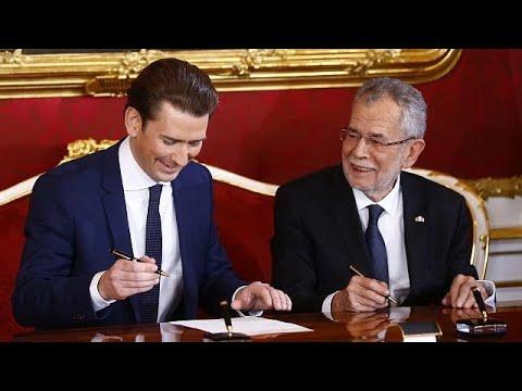 الحكومة النمساوية الجديدة  تؤدي اليمين الدستورية  - نشر قبل 1 ساعة