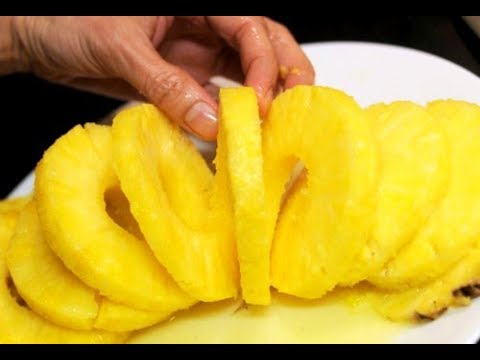 CUTTING FRUIT, CUTTING PINEAPPLE LIKE A PRO, SUPERMARKET DUBAI, DUBAI, دبي,