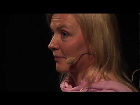 TEDx Helsinki II - Virpi Kuitunen - Luopuminen