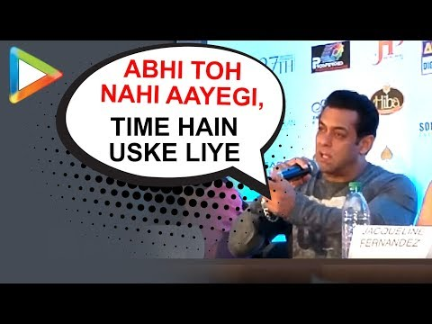 Salman Khan's response to Shaadi question is HILARIOUS  Dabangg Reloaded Concert