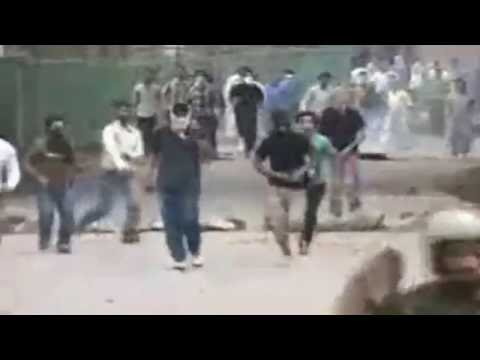 Indian Army Throw Stones On Ambulance In Kashmir, Video Goes Viral On Social Media