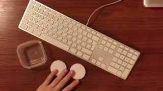 Как почистить клавиатуру, лайфхаки от адеквата(Предлагаю вашему вниманию новое видео В этом видео я покажу вам как быстро почистить клавиатуру с помощью..., 2015-02-17T17:19:13.000Z)