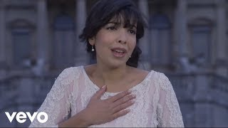 Watch Indila Tourner Dans Le Vide video