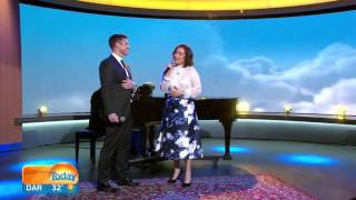 Lea Salonga and David Campbell sing A Whole New World