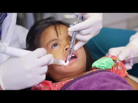 Doctor Ching - Using DentalVibe on Children